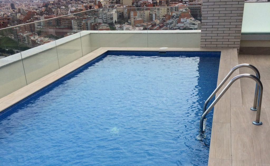 Construcci n de piscinas con hormig n proyectado en for Hormigon proyectado para piscinas